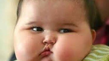 bebelus obez